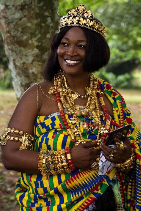 queen mother  odwira festival ghana  hannes forst
