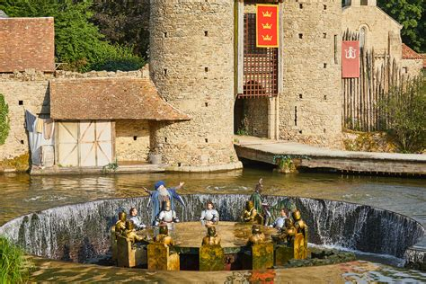 les chevaliers de la table ronde puy du fou