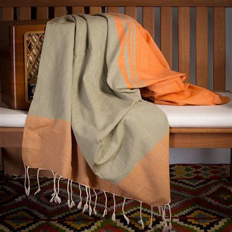 jet 233 de canap 233 en coton rectangulaire orange et vert amande t4