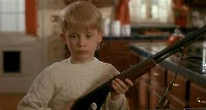 Home Alone Lol GIF - Find & Share on GIPHY