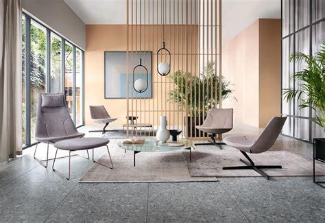 Ērti atpūtas krēsli Chic Lounge • Thomson Furniture