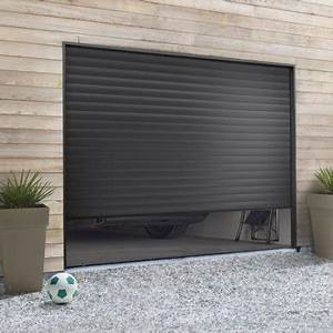 pose d39une porte de garage a enroulement leroy merlin With porte de garage enroulable de plus porte sur mesure