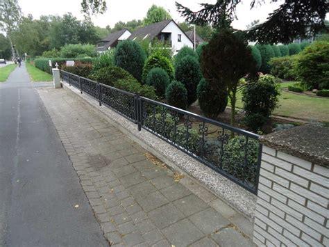 betonsäulen gartenzaun zaun vorgarten ideen fur was wohndesign puresterol