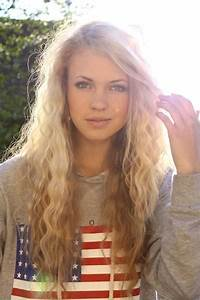 Curly blonde teens pictures