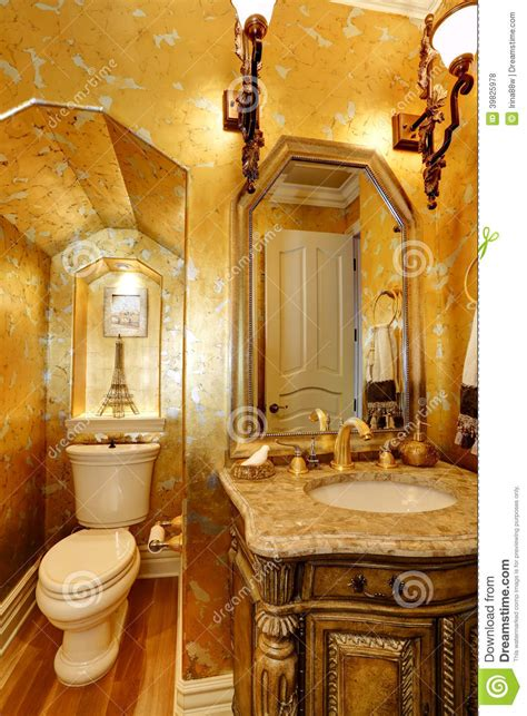 salle de bains antique d or de style photo stock image 39825978