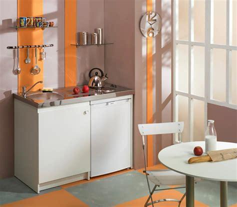 cuisine equip馥 studio la kitchenette moderne équipée et sur optimisée