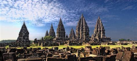 PRAMBANAN TEMPLE (Candi Prambanan) + SUNSET – Yogyakarta