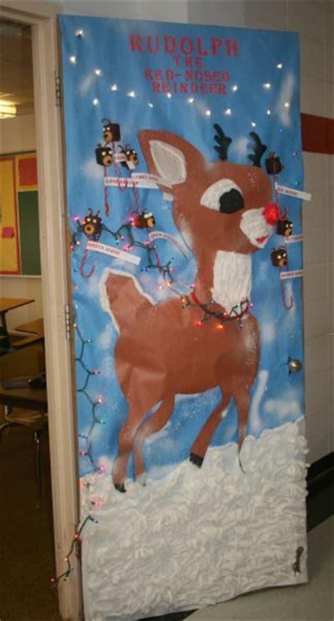 decatur community schools rudolph wins door decorating