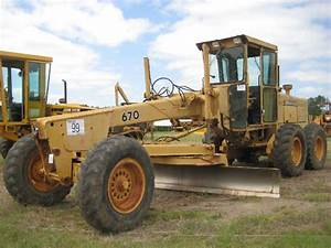 John Deere 670 Motor Grader  S  N 501503  12 U0026 39  Hyd Moldboard