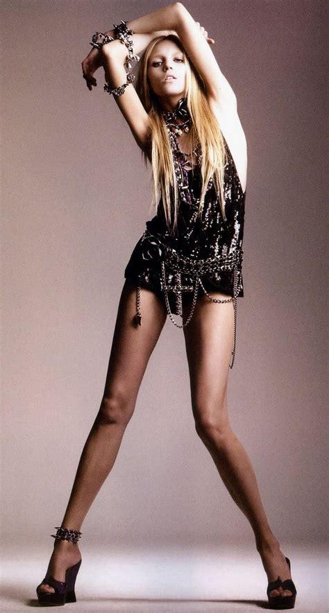 anja rubik  editorials model poses fashion model