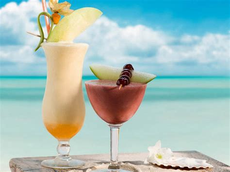10 Refreshing Summer Cocktail Recipes To Help You Keep Your Cool by Refreshing Summer Cocktails Recipes Tips Hair Care