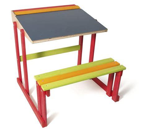 bureau collegien le mobilier pour enfant indispensable le bib à bébé