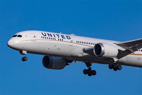 apple spends 150m a year on united flights