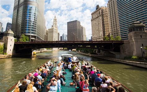 Cheap Boat Rentals Chicago chicago getaway hostel cheap accommodation for