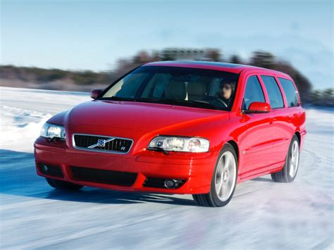 2005 Volvo V70 Pictures/photos Gallery