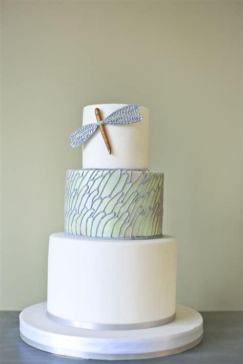 modern wedding cake cakes  robin