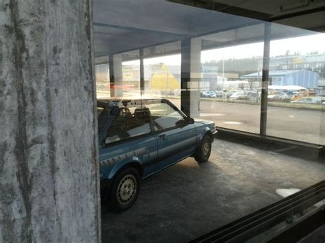 This Garage Full Of Abandoned Cars Will Cause Guy Tears