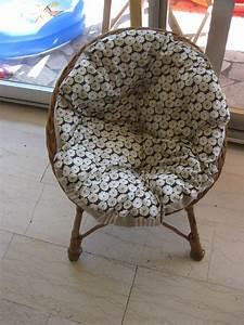Fauteuil Rotin Rond : grand coussin rond pour fauteuil en rotin table de lit ~ Dode.kayakingforconservation.com Idées de Décoration