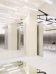 Interior Design Berlin : storiesondesignbyyellowtrace metallic interiors ~ Markanthonyermac.com Haus und Dekorationen