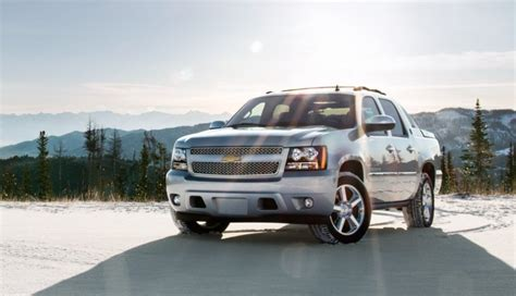 Chevrolet Avalanche 2020 by 2020 Chevrolet Avalanche Towing Capacity Specs Release