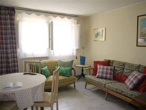 self contained lovely self contained apartament available from april 2018 ideal for eiuc students flat rent