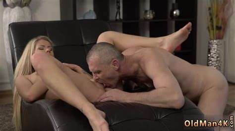 Daddy Lick My Pussy She Is So Sexy In This Short Skirt