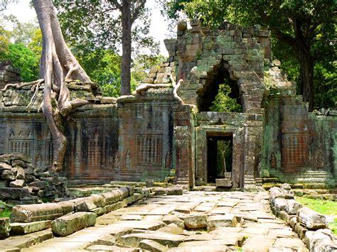 Angkor Wat Cambodia Hitch Hikers Handbook