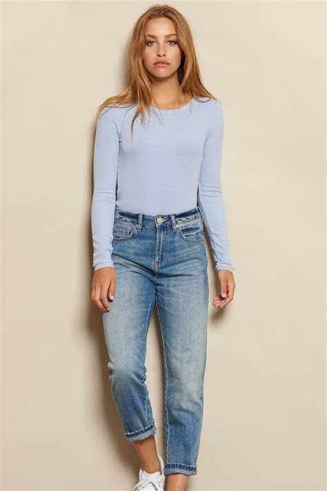 Best 25+ Mom jeans outfit ideas on Pinterest | Mom jeans Jeans and Mom jeans outfit summer