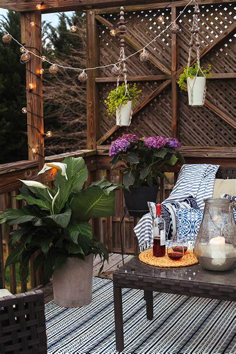 backyard patio hangout  honor  design