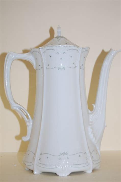 Kaffeekanne Baronesse Cecilie Tirschenreuth * Porzellan