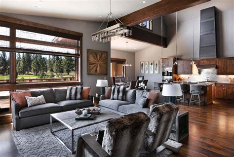 Warm and relaxing mountain contemporary home in Truckee