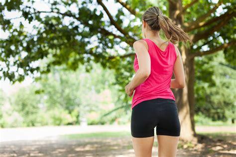 Wie kann man seinen Hintern dünner machen?