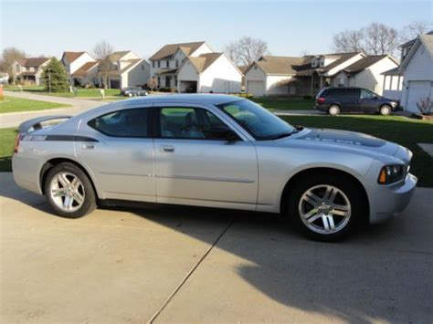 2007 Dodge Charger Sxt by Sell Used 2007 Dodge Charger Sxt Sedan 4 Door 3 5l In