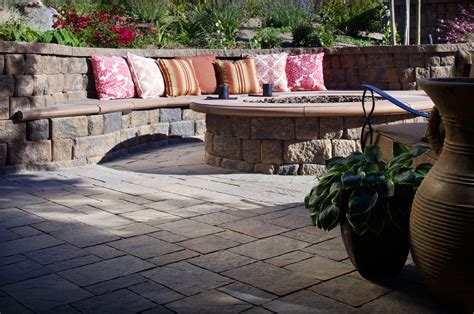 urbana pavers and anchor highland pit and seat
