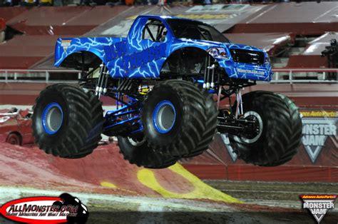 monster trucks videos 2013 monster jam world finals xiv photos march 23 2013