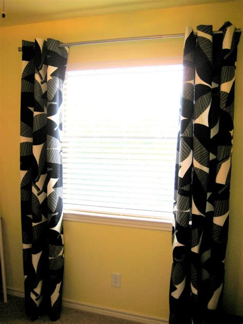 Curtains With Grommets Diy by C R A F T 45 Diy Grommet Curtains C R A F T