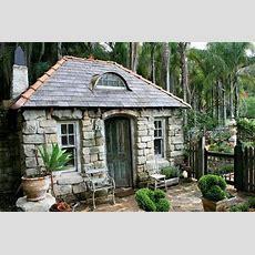 Love This Tiny Stone Cottage  Küçük Evlerim Gartenhaus