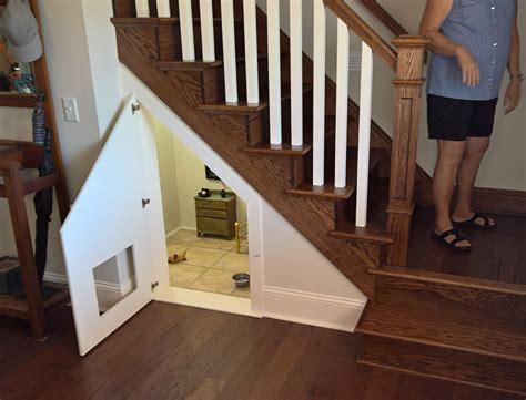 armoire penderie chambre construit une chambre pour chien sous les