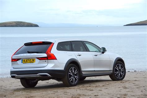 volvo   awd cross country review greencarguidecouk