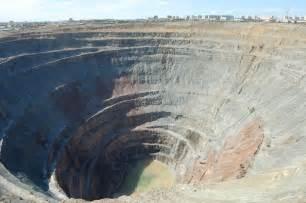 Biggest Diamond Mine Hole Russia