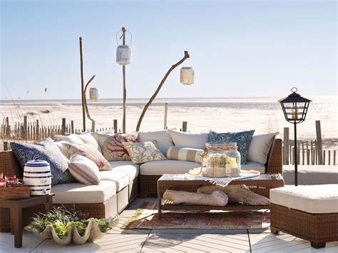 House Furniture by Pool House Furniture House Outdoor Furniture Images