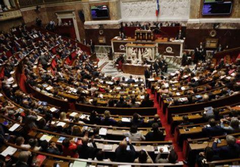 bureau de l assembl馥 nationale des députés lrem cent à l assemblée nationale valeurs actuelles