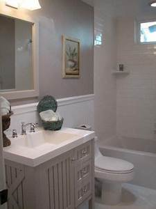 Paint colors home and pedestal on pinterest for Martha stewart bathrooms
