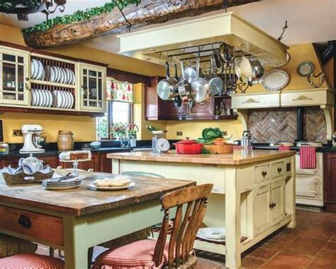 cottage inglesi arredamento lismary s cottage with a traditional aga aga traditional
