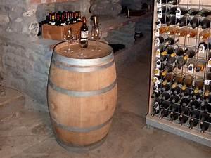 Tonneau En Bois : tonneau de decoration table bar 225 litres en bois de ~ Melissatoandfro.com Idées de Décoration