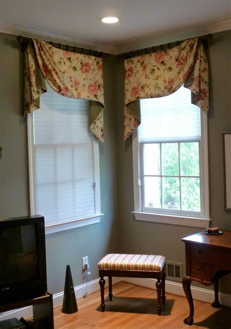 Window Treatments by Corner Window Curtains Styles Of Decorating Ideas Homesfeed