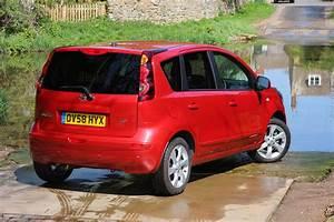 Nissan Note 2006 : nissan note hatchback 2006 2013 photos parkers ~ Carolinahurricanesstore.com Idées de Décoration
