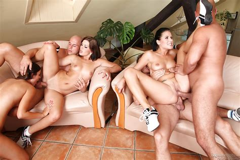 Groupsex Orgy Action With Sluts Lucy Bell Iwia And Rihanna Samuel