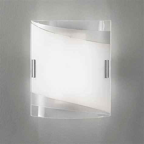 Applique Moderni by Square Applique Moderno Vetro Bianco Argento Wenghe Antea Luce
