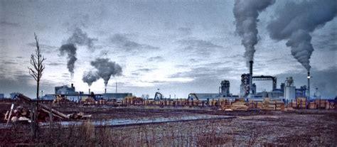 Industrie; industrialization; industries; sector, tertiary ...